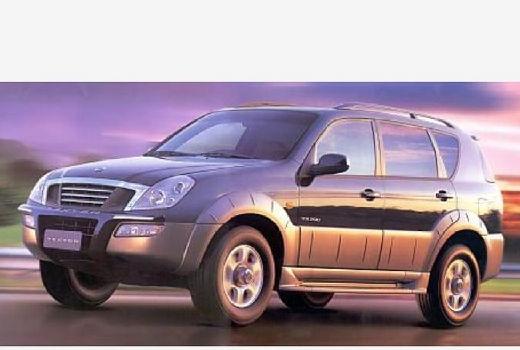 SSANG YONG Rexton 230 Lux Kombi I 2.3 150KM (benzyna)