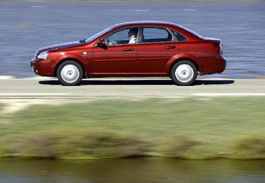 CHEVROLET Lacetti sedan bordeaux (czerwony ciemny) boczny lewy