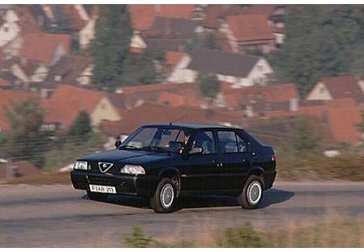 ALFA ROMEO 33 hatchback czarny przedni lewy