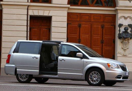 LANCIA Voyager I van silver grey przedni prawy