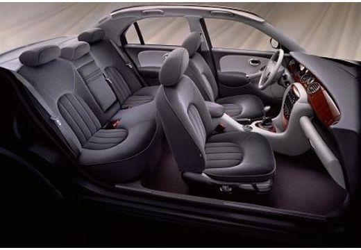 ROVER R 75 I sedan wnętrze