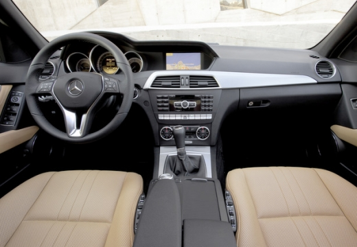 MERCEDES-BENZ C 250 CDI BlueEff. Avantgarde Sedan W 204 II 2.2 204KM (diesel)