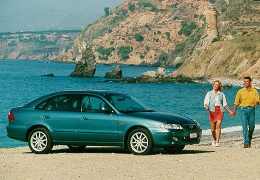 MAZDA 626 V hatchback zielony przedni prawy