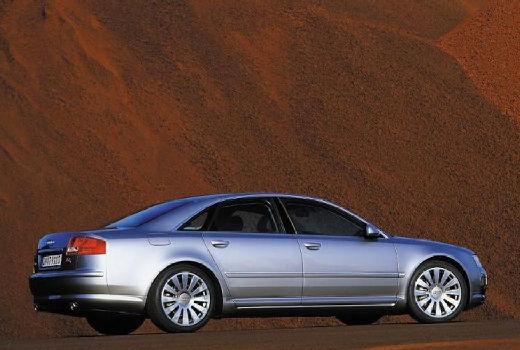 AUDI A8 4E I sedan silver grey tylny prawy