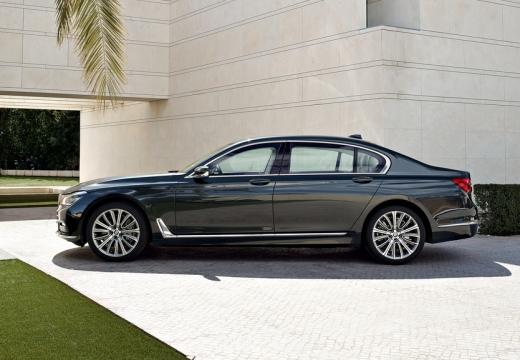 BMW Seria 7 G11 G12 I sedan czarny boczny lewy