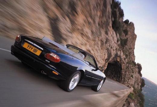 JAGUAR XK8 XKR Convertible kabriolet czarny tylny prawy
