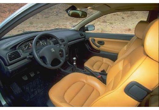 PEUGEOT 406 coupe wnętrze