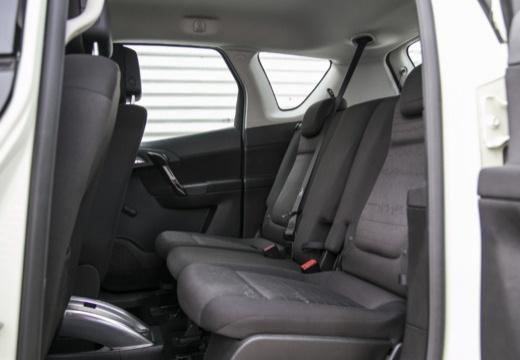 OPEL Meriva III hatchback wnętrze