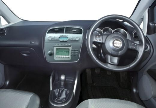 SEAT Altea I hatchback niebieski jasny tablica rozdzielcza