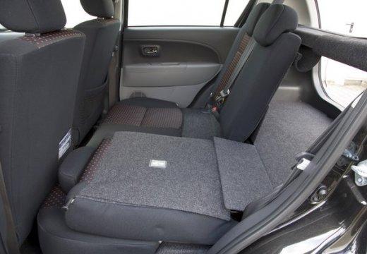 DAIHATSU Sirion III hatchback wnętrze