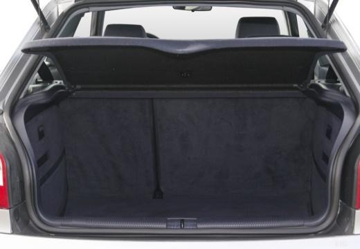 AUDI A3 /S3 8L II hatchback przestrzeń załadunkowa