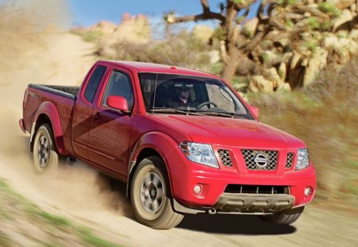 NISSAN Frontier 4.0 V6 SE King Cab 2WD Pickup III 265KM (benzyna)