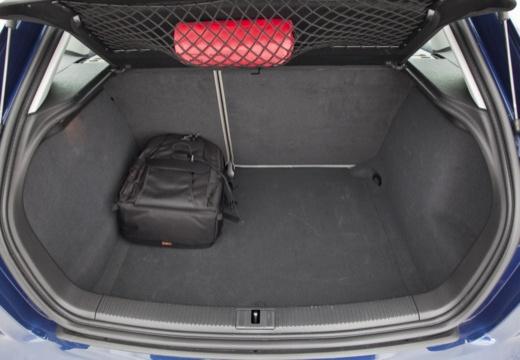 AUDI A3 Sportback II hatchback przestrzeń załadunkowa