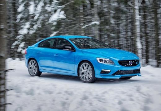 VOLVO S60 V sedan niebieski jasny przedni prawy