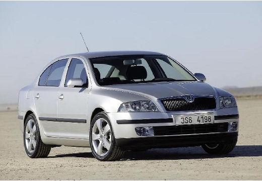 SKODA Octavia 1.6 Ambiente Tiptr. Hatchback II I 102KM (benzyna)
