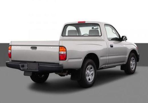 Toyota Tacoma pickup silver grey tylny prawy