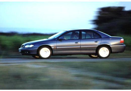 OPEL Omega B II sedan niebieski jasny boczny lewy