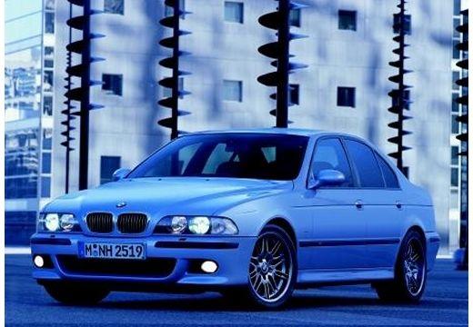 BMW Seria 5 E39 sedan niebieski jasny przedni lewy