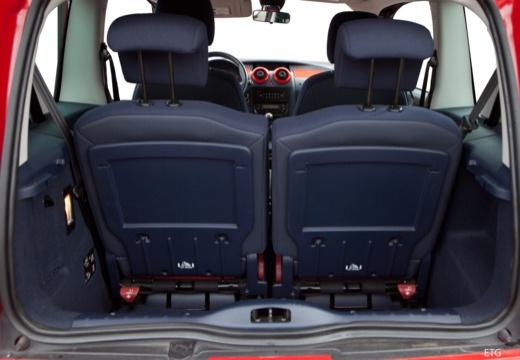 PEUGEOT 1007 I hatchback przestrzeń załadunkowa