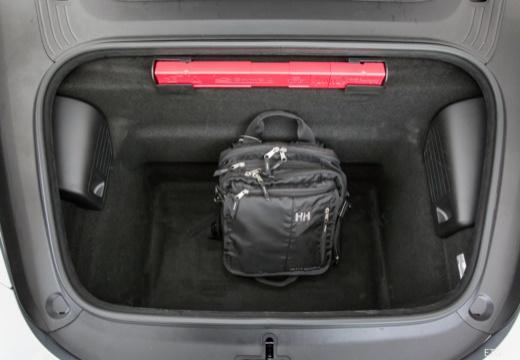 PORSCHE 911 Cabrio 991 II kabriolet przestrzeń załadunkowa