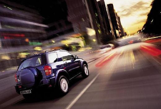 Toyota RAV4 II kombi niebieski jasny tylny prawy
