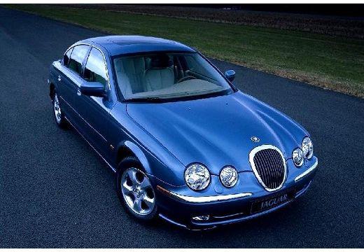 JAGUAR S-Type sedan niebieski jasny przedni prawy