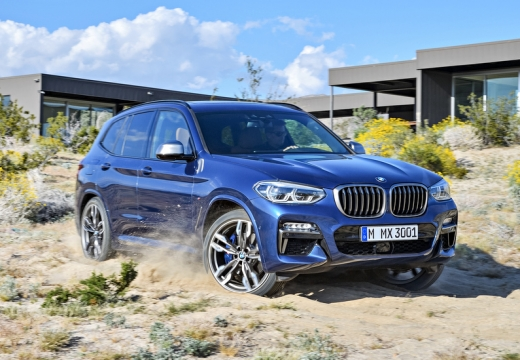 BMW X3 kombi niebieski jasny przedni prawy