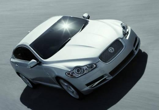 JAGUAR XF I sedan silver grey przedni prawy