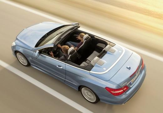 MERCEDES-BENZ Klasa E Cabrio A 207 I kabriolet niebieski jasny tylny lewy