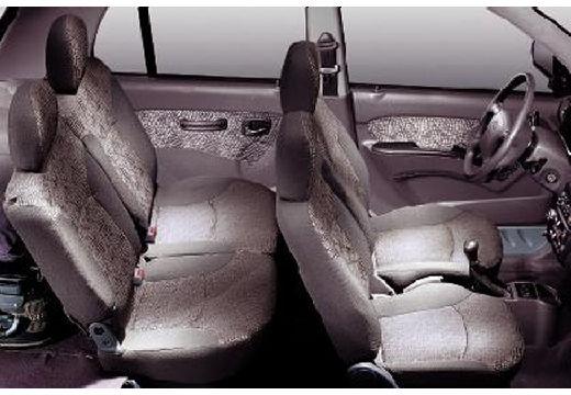 HYUNDAI Atos Prime III hatchback wnętrze