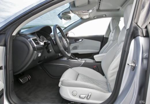 AUDI A7 Sportback II hatchback wnętrze