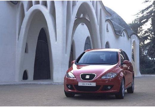 SEAT Altea hatchback czerwony jasny przedni lewy