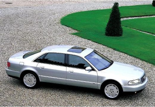 AUDI A8 /S8 D2 sedan silver grey przedni prawy