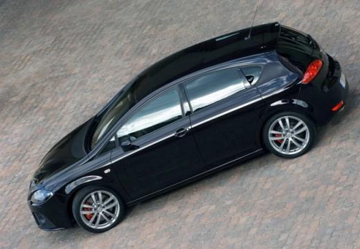 SEAT Leon III hatchback czarny tylny lewy