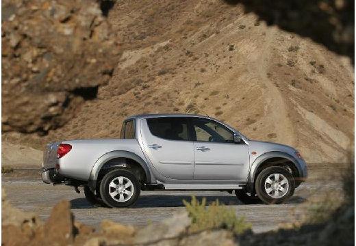 MITSUBISHI L 200 II pickup silver grey boczny prawy