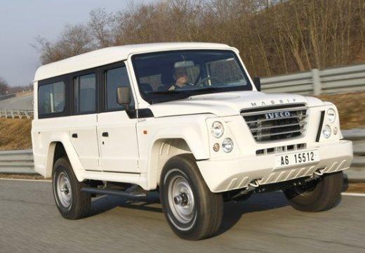 IVECO Massif Pickup I kombi biały przedni prawy