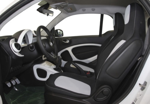 SMART fortwo hatchback biały wnętrze