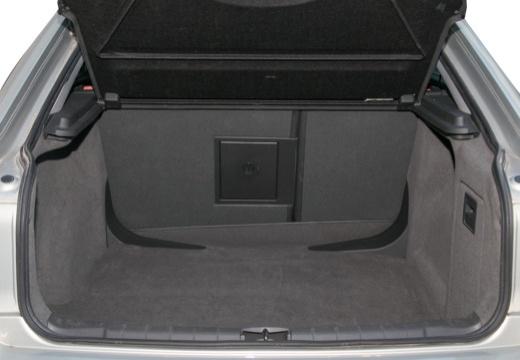 OPEL Vectra C II hatchback przestrzeń załadunkowa