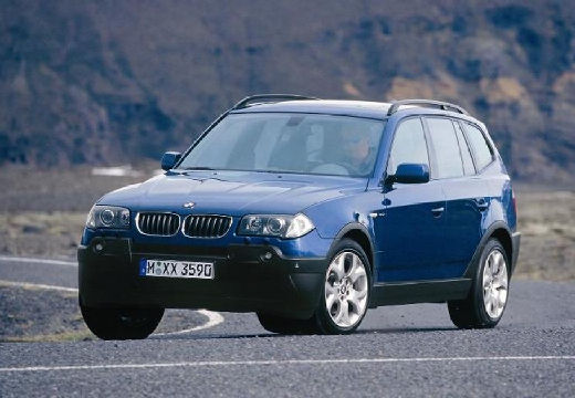 BMW X3 X 3 E83 I kombi niebieski jasny przedni lewy