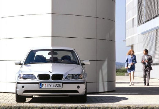 BMW Seria 3 E46/4 sedan silver grey przedni