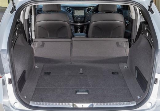 HYUNDAI i40 Wagon I kombi silver grey przestrzeń załadunkowa