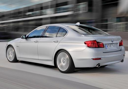 BMW Seria 5 F10 II sedan silver grey tylny lewy