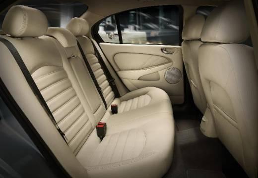 JAGUAR X-Type II sedan silver grey wnętrze