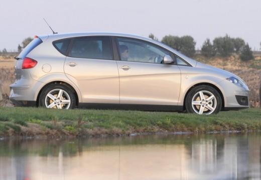 SEAT Altea II hatchback silver grey boczny prawy