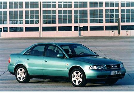 AUDI A4 B5 sedan zielony jasny przedni prawy