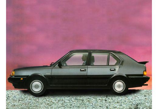 VOLVO 360 hatchback czarny boczny lewy