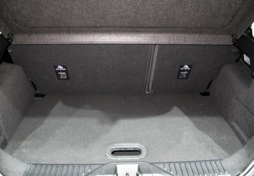 FORD Fiesta hatchback przestrzeń załadunkowa