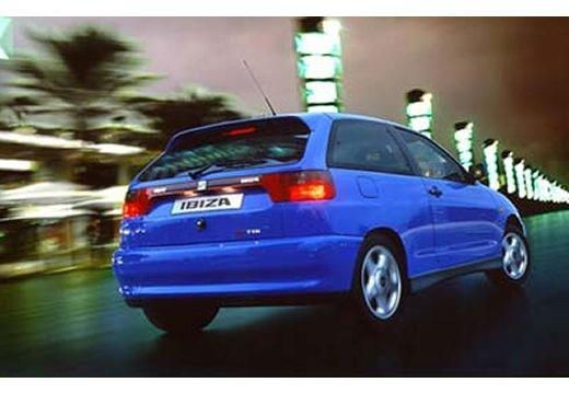 SEAT Ibiza II hatchback niebieski jasny tylny prawy