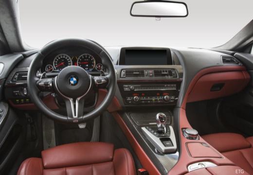 BMW 6 Серии купе приборная панель