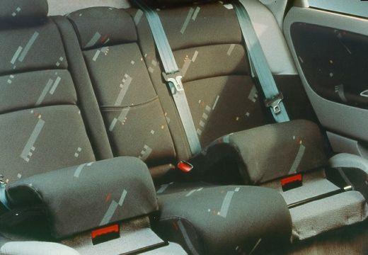 VOLVO S40 III sedan szczegółowe opcje
